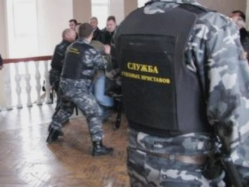 Жители Мордовии идут в суд с пистолетами и взрывчатыми веществами