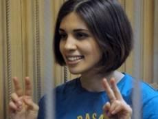 Pussy Толоконникову привезут в Саранск