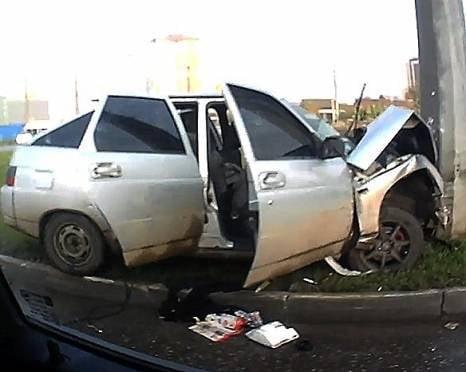 В Саранске полиция ищет таксиста, сбежавшего с места ДТП и бросившего пассажира