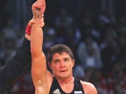 Алексей Мишин взял «золото» Международного турнира по греко-римской борьбе