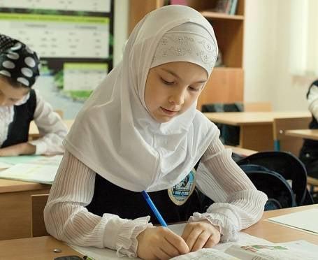 Верховный суд РФ выступил против ношения хиджабов в школах Мордовии