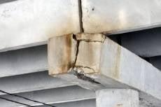 Очевидцы: «Химмашевский мост треснул во время пробки»