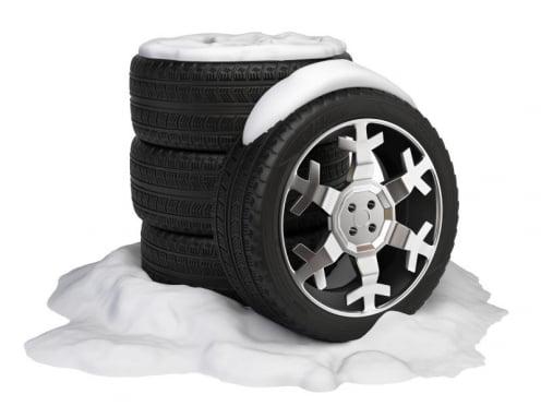 Использование зимних шин в России стало обязательным