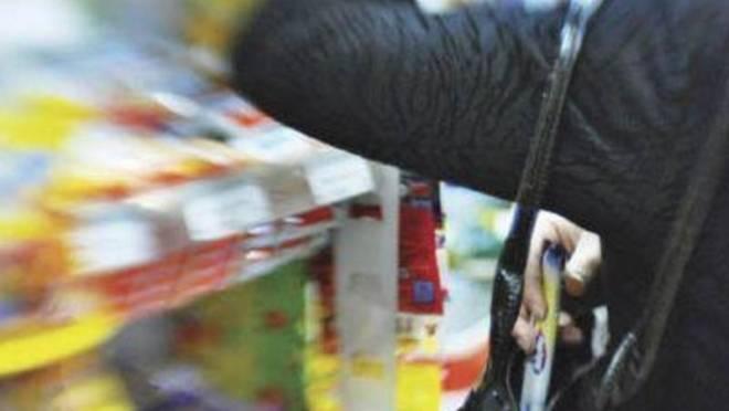 В Саранске любительнице халявы не дали уйти из магазина по-английски