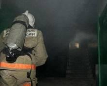 В Рузаевке эвакуировали жильцов горящей многоэтажки