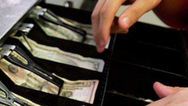 Двум сотрудницам саранского рынка грозит до 5 лет несвободы за присвоение выручки