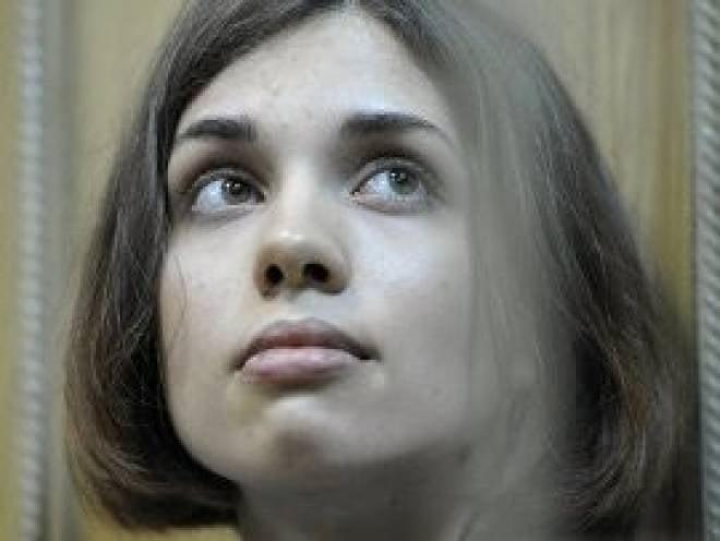УФСИН Мордовии: Надежда Толоконникова не раскаялась и ей еще рано на свободу
