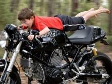 Мотоциклистов Мордовии подружат с шлемом