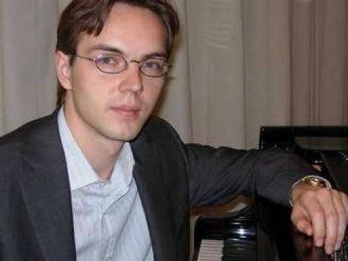 Всемирно известный пианист Дмитрий Демяшкин выступит в Саранске