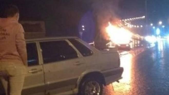 Выбравшийся из горящей машины житель Саранска оказался в реанимации