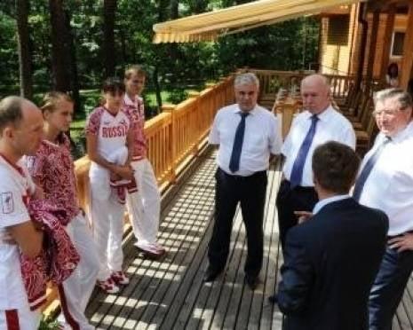 Экс-глава Мордовии Николай Меркушкин прибыл лично поздравить олимпийцев с победой