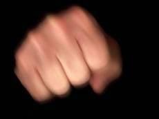 Из жителя Мордовии кулаками выбивали долги его сына