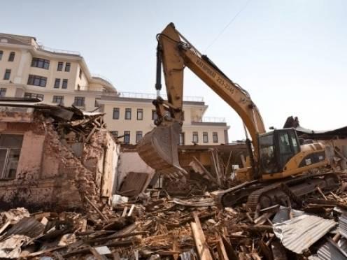 Жительнице Саранска пришлось снести недостроенное здание