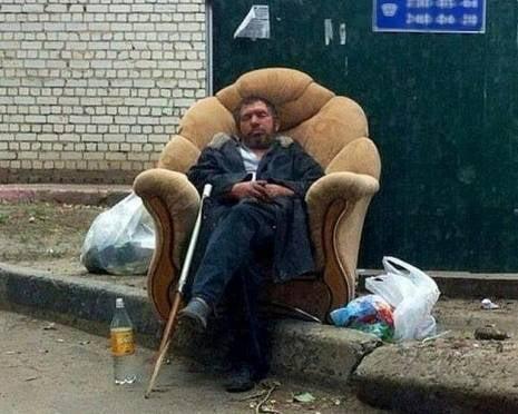 Житель Саранска провозгласил себя хозяином двора и сломал «подданному» нос