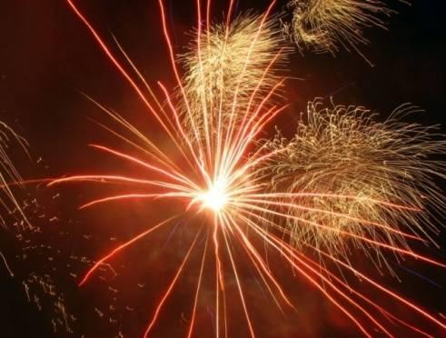 Новогодний фейерверк прогремит в Саранске 31 декабря в 18 часов