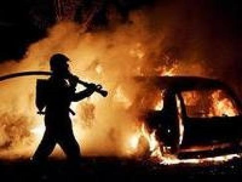 В Мордовии сгорела элитная иномарка