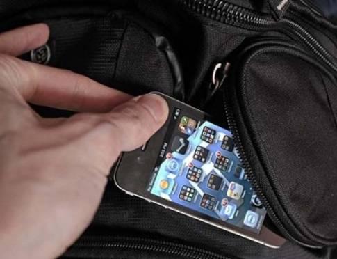 Нижегородец украл айфон у саранской пенсионерки