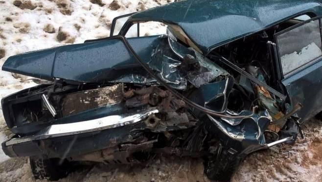 Два человека погибли в страшной аварии в Мордовии
