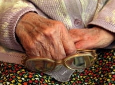 За один день две саранские пенсионерки отдали неизвестным более 300 тысяч рублей