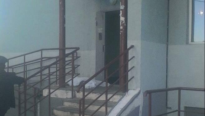 ЧП в Саранске: из квартиры на 14-м этаже выпала молодая женщина