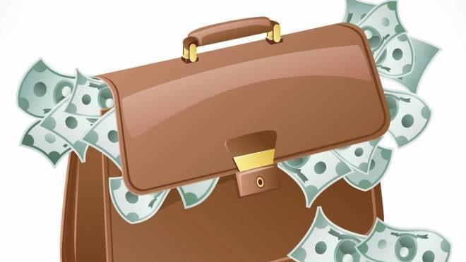 Жительница Мордовии оставила сумку в примерочной и лишилась 40 тысяч рублей