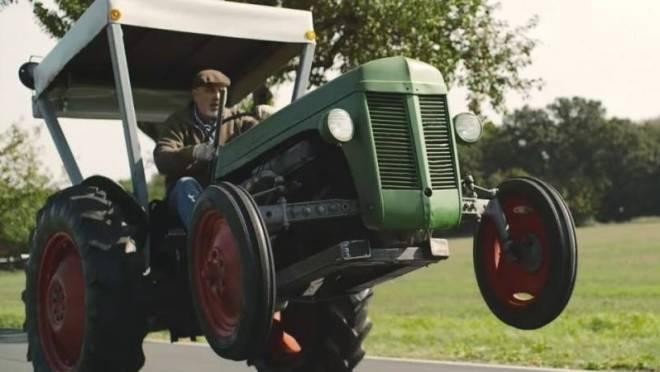 Жителя Мордовии обокрал лже-продавец трактора «МТЗ»