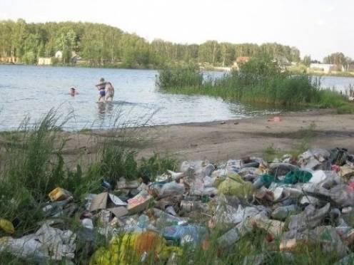 В Саранске на городских пляжах отдыхающие оставляют горы мусора