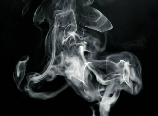 В Мордовии сотрудники ГИБДД помогли автоледи справиться с дымом в машине