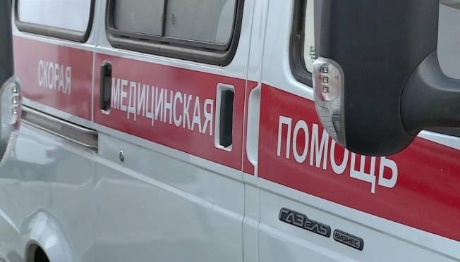 В Мордовии бесправный скутерист «догнал» иномарку и попал в больницу