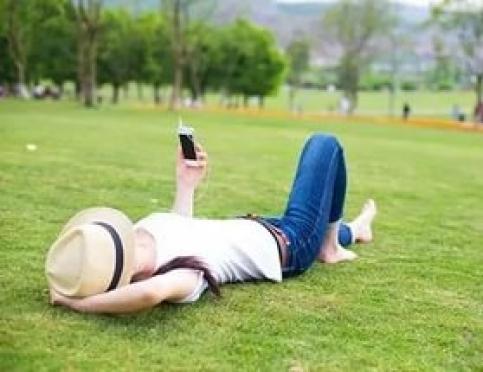 Что может помешать хорошей связи во время отдыха на природе?