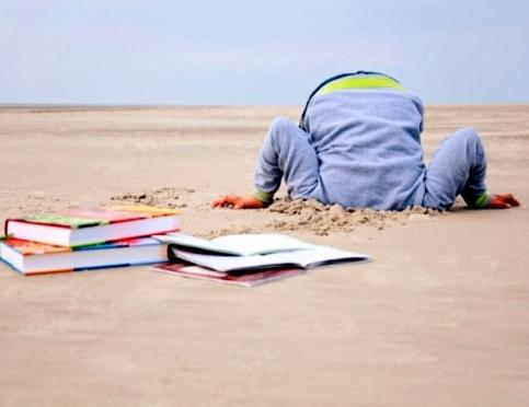 Кто или что внушает ребенку ненависть к чтению?