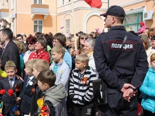 Безопасность жителей Мордовии в День Победы обеспечат 1,5 тыс полицейских