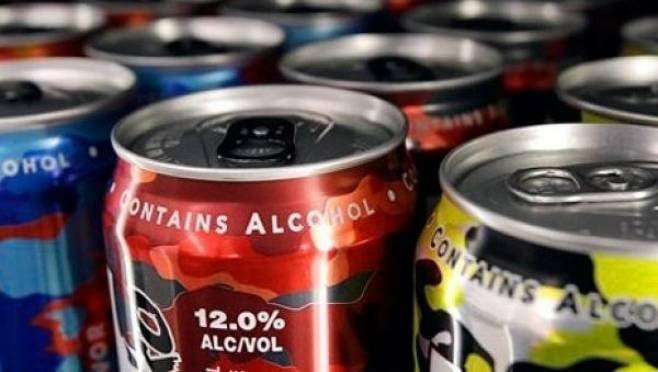 В России введен запрет на слабоалкогольные энергетики
