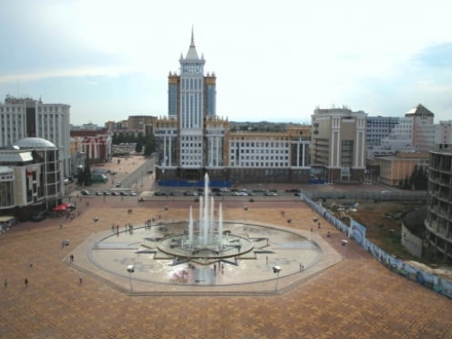Площадь Тысячелетия в Саранске: благоустраивать, благоустраивать и еще раз благоустраивать