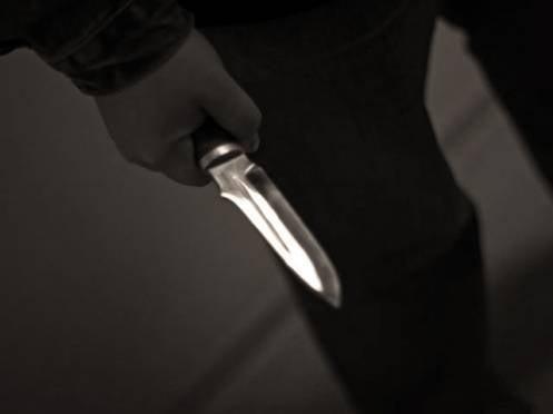 Житель Саранска встретил на улице неприятеля и ударил его ножом