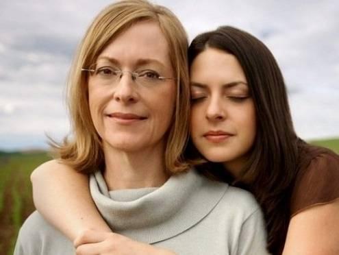 Жителей Мордовии призывают признаться мамам в любви