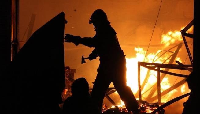 Два человека пострадали на пожаре в жилом доме в Мордовии