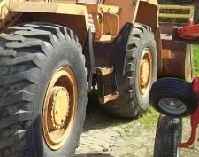 В Мордовии мужчина погиб под колёсами погрузчика