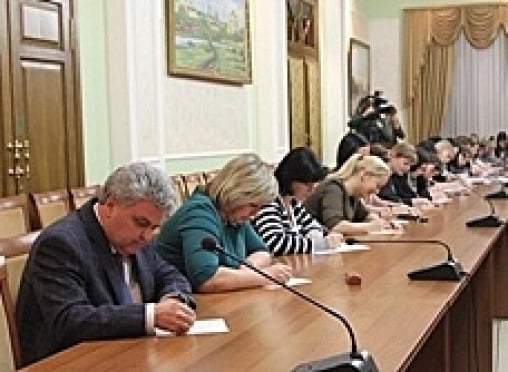 Сотрудников администрации Саранска проверили на знание русского языка