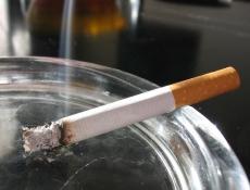 Курить в России станет ещё дороже