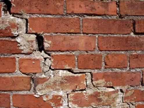 Глава Мордовии подверг критике темпы переселения граждан из аварийного жилья
