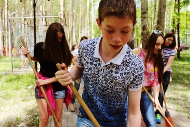 В Мордовии почти 10 тыс школьников обеспечат работой на лето