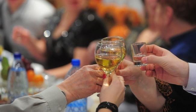 Мы верили в это: 10 разрушенных мифов об алкоголе