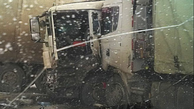 Два грузовика столкнулись на федеральной трассе в Мордовии, есть пострадавшие