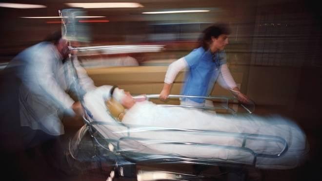 На Химмаше неизвестный водитель отправил пешехода в реанимацию