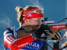 Завершившая сезон Ольга Подчуфарова не уступает лидерство в рейтинге биатлонисток
