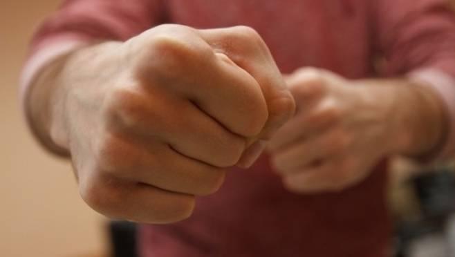 Жителю Саранска сын переломал рёбра за нравоучения о вреде алкоголя