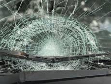 В Мордовии пьяный водитель серьёзно пострадал при столкновении с деревом