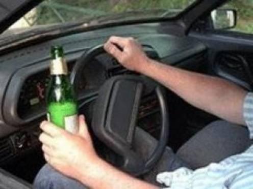 Водители Мордовии продолжают пить за рулем