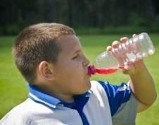 В школах и детских кафе могут запретить продавать газировку